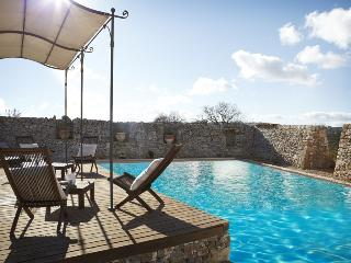 Trulli Puglia, Trullo Studio: 1 Bedroom Studio Apartment in 16th century Estate; pool and outdoor ja - Martina Franca vacation rentals