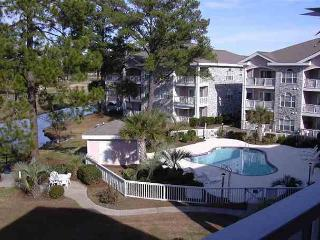 Perfect for GOLFERS and famlies!! Magnolia Place Myrtle Beach SC #102 - Myrtle Beach - Grand Strand Area vacation rentals