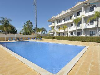 Farnell Red Apartment - Olhos de Agua vacation rentals