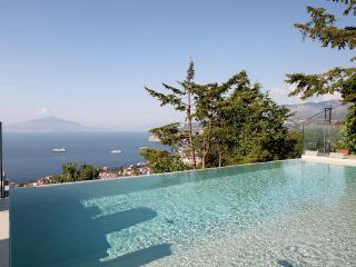 Villa Rental in Campania, Sant'Agata sui due Golfi - Villa Sogni di Sorrento - Province of Piacenza vacation rentals