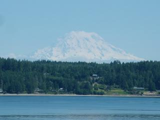 Puget Sound Harstine Island Hideway - Hoodsport vacation rentals