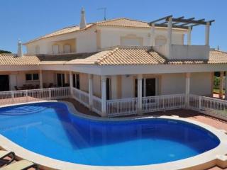 Villa Paddy V5 - Albufeira vacation rentals