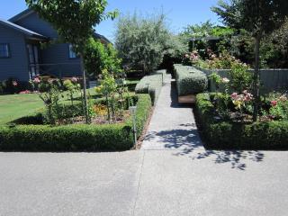 Jasmine Way Cottage- SPACIOUS - Hastings vacation rentals
