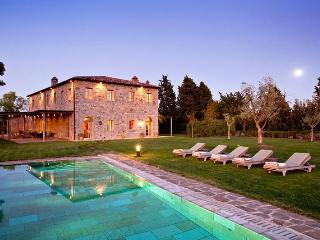 Casa Biondi, Sleeps 10 - Montalcino vacation rentals