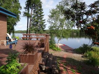 Lakefront cottage - Royal Lake - West Hawk Lake vacation rentals