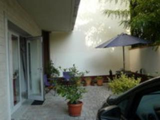 Quet Studio with Garden, Parking, and Wifi - Image 1 - Florence - rentals