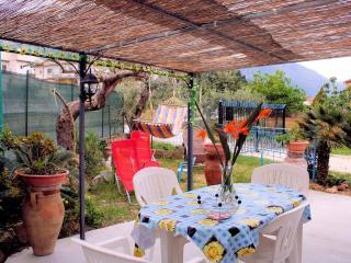 Casa vacanza Fabiola - Castellammare del Golfo vacation rentals
