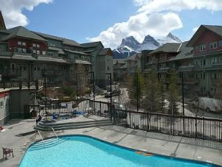 Mountain Views +  Year Round Pool & 3 Hot Tubs - Canmore vacation rentals