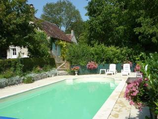 Le Ciel Blue - Chaumussay vacation rentals