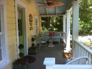 THE FAIRHOPE COTTAGE - Mobile vacation rentals
