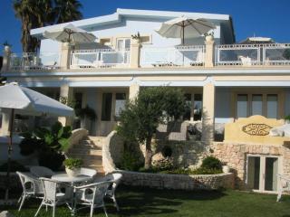Villa Antares - Fontane Bianche vacation rentals