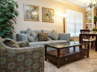 This spacious condo has 3 bedrooms and 3 baths 907CP-917 - Disney vacation rentals