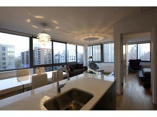 Lux 2 Bed 2 Bath Heated Swimming Pool- DoormanGym - New York City vacation rentals