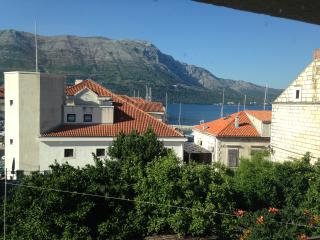 Korcula centar apartment - Korcula Town vacation rentals