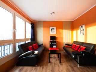 parc + city ALEX 4BR apartment - Berlin vacation rentals