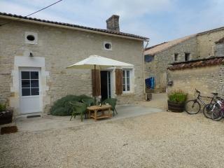 La Charente Grange - Cognac vacation rentals