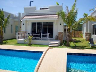 Idyllic Prime Villa with Pool - Patong Beach vacation rentals