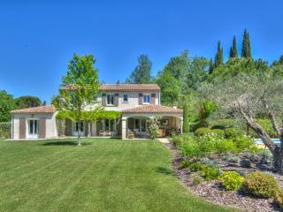 Villa Lavender 2 villa in Provence, St. Remy villa to let, villa in provence for rent - Saint-Remy-de-Provence vacation rentals