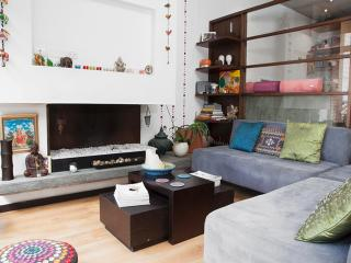 Chic 1 Bedroom Apartment In Bogotá - Bogota vacation rentals