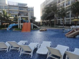 Apartment In Beach Park - Porto Das Dunas Beach (Beach Park) - Fortaleza - Fortaleza vacation rentals