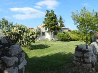 Amazing Countryside Villa - Melilli vacation rentals