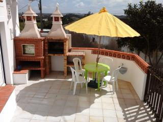 The Cottage Arelho - Caldas da Rainha vacation rentals