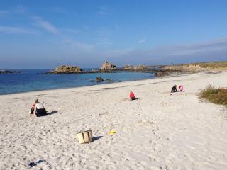 Gîte de charme à 400 m des plages et sentiers GR34 - Porspoder vacation rentals