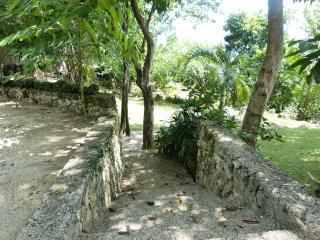 La Maison Catmon - Calumboyan vacation rentals