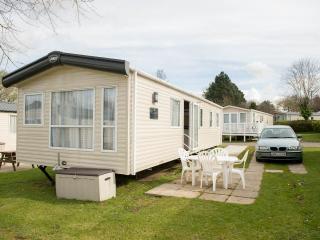 poole luxury caravans - Poole vacation rentals