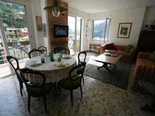 Casa Sissi - San Lorenzo della Costa vacation rentals