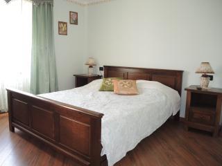 Quadruple Room Pino 6 - Fiorini vacation rentals