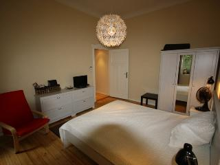 2 Bedroom Berlin Messe - Berlin vacation rentals