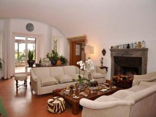 8 bedroom house with private pool near Rome in Lazio - BFY144 - Magliano Sabina vacation rentals