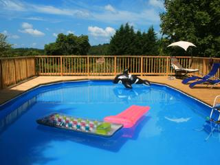 Rural Two bedroom Gite with Swimming Pool - Brossac vacation rentals