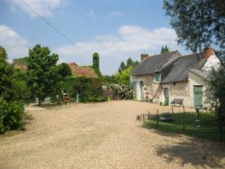 Les Rosiers - Noyant vacation rentals