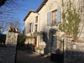 Maison Fleur De Lis - Bagnault vacation rentals