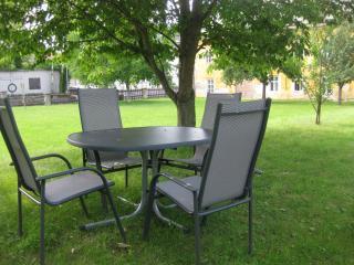 Hohe Schule Comfort Top  89/11 - Loosdorf vacation rentals