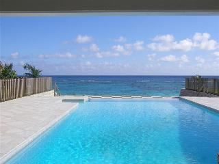 BDA - BEACHFRONT5 - Hamilton vacation rentals