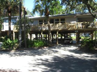 Horseshoe Beach Get Away - Steinhatchee vacation rentals
