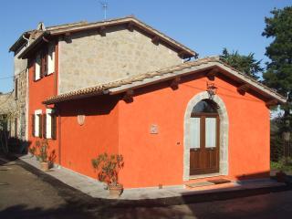 RED HOUSE - CASA ROSSA - Bagnoregio vacation rentals