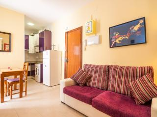 Malasaña Apartment Wifi - Madrid Area vacation rentals