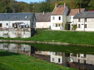 Maison Watershed - Corbigny vacation rentals