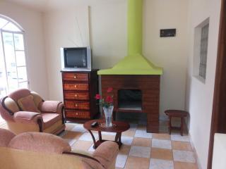 alquiler i arriendo departamentos amueblados en otavalo - Cotacachi Imbabura vacation rentals