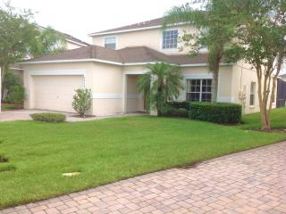 7 Beds/7 Baths,SOUTH FACING POOL WITH WATER VIEW,ALL NEW FURNITURE,10 MIN. DISNEY - Kissimmee vacation rentals
