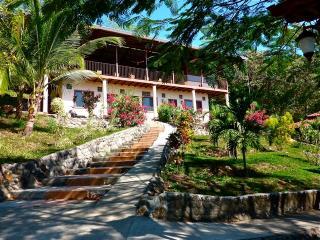 COUNTRY LODGE WITH POOL - Ciudad Colon vacation rentals