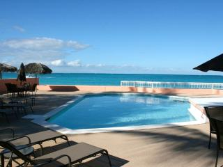 """Mystic Ocean"" Condo, Nassau, Bahamas - beach/pool - Halifax vacation rentals"
