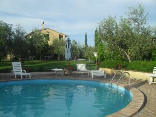 Casa Olivo A - Bevagna vacation rentals