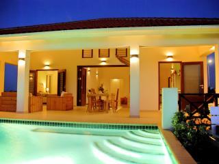 Villa SeruGrandi, Luxerious villa in Curacao, Grote berg - Willemstad vacation rentals