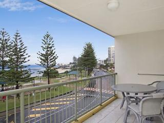 Kingston Court unit 15 - Tweed Heads vacation rentals