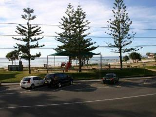 Kingston Court unit 4 - Tweed Heads vacation rentals